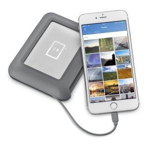 כונן גיבוי חיצוני לשימוש צלמים ומפיקים בהפקות שטח משולבות רחפן Lacie DJI Copilot 2TB USB-C STGU2000400